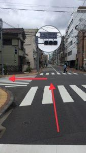 300m程行った「南千住二丁目仲通り」の信号を左に曲がります。